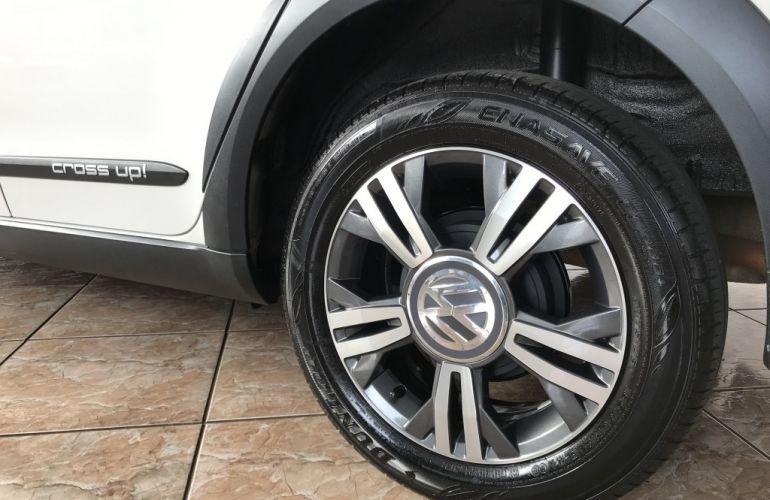 Volkswagen Up! 1.0 12v TSI E-Flex Cross Up! - Foto #9