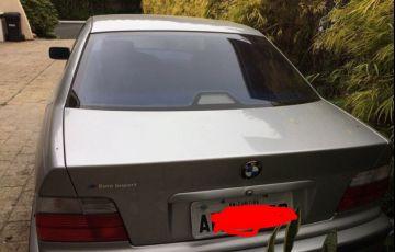 BMW 323i 2.5 24V Confort - Foto #2