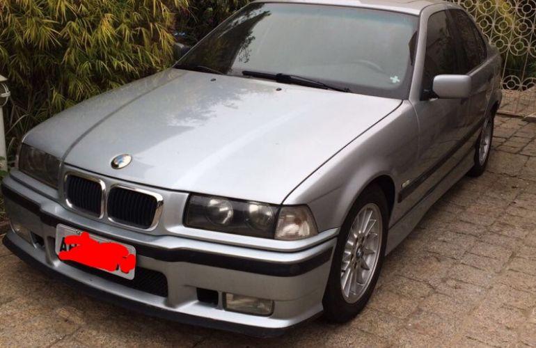 BMW 323i 2.5 24V Confort - Foto #5