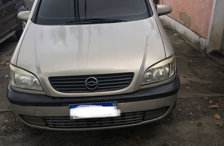 Chevrolet Zafira CD 2.0 16V - Foto #2