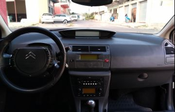 Citroën C4 Pallas Exclusive 2.0 16V - Foto #1