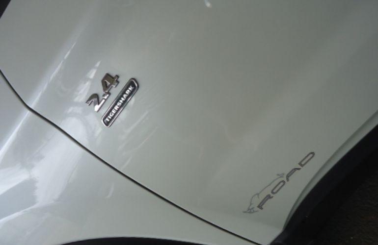 Fiat Toro Freedom 2.4 TigerShark AT9 (Flex) - Foto #5
