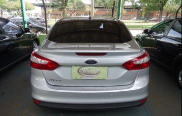 Ford Focus Sedan SE Plus 2.0 16V PowerShift (Aut) - Foto #3
