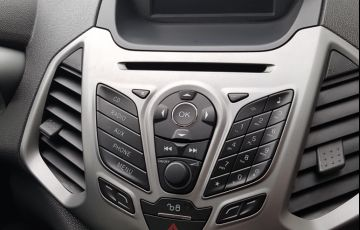 Ford Ecosport SE 2.0 16V Powershift (Flex) - Foto #9