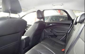 Ford Focus SE 1.6 - Foto #4