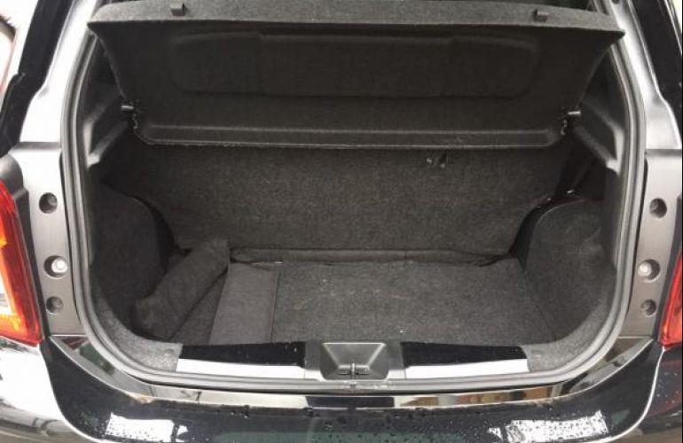 Nissan S 1.0 12v Flex 5p - Foto #7