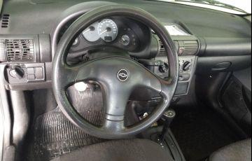 Chevrolet Corsa Sedan Classic 1.6 - Foto #9