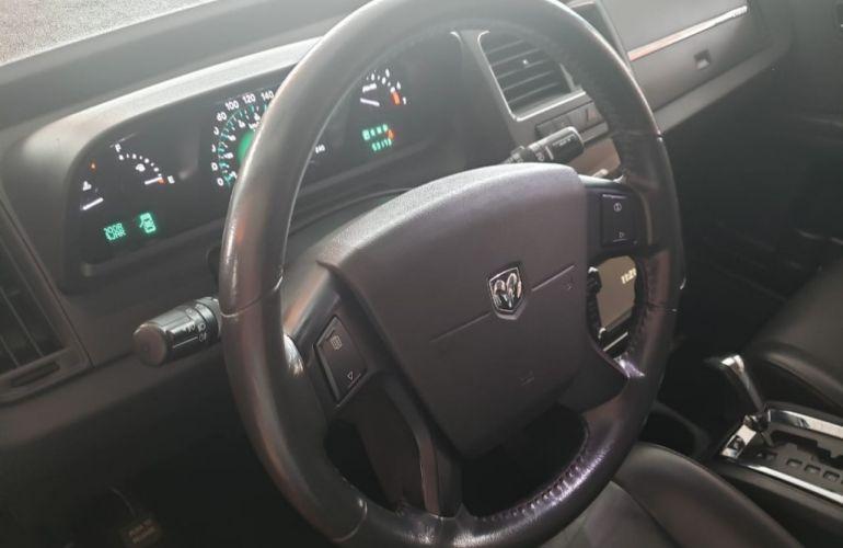 Dodge Journey R/T 2.7 V6 - Foto #9
