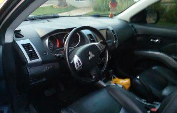 Mitsubishi Outlander GT 3.0 V6 - Foto #5