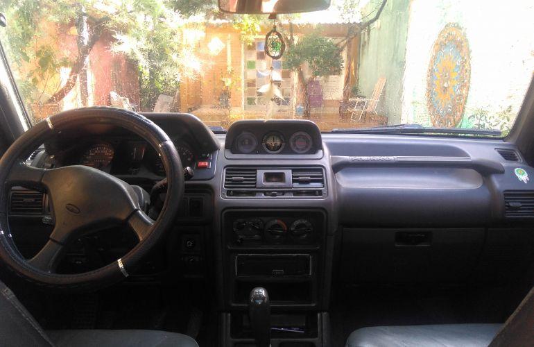 Mitsubishi Pajero GLS 4x4 2.8 Turbo - Foto #1