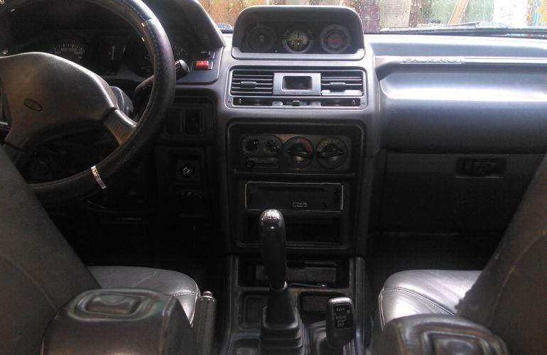 Mitsubishi Pajero GLS 4x4 2.8 Turbo - Foto #2