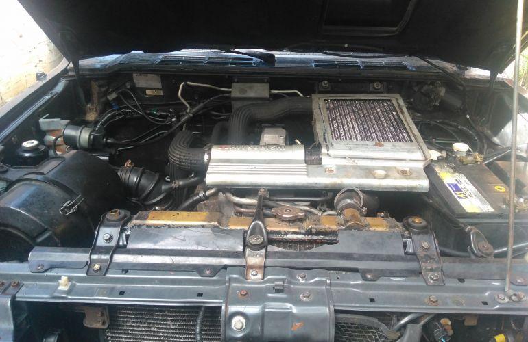 Mitsubishi Pajero GLS 4x4 2.8 Turbo - Foto #5