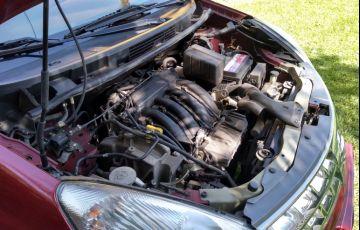 Nissan Livina S 1.6 16V (flex) - Foto #4