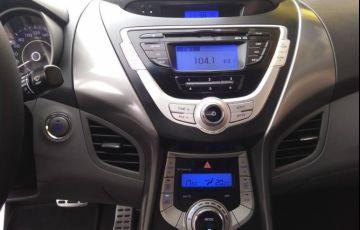 Hyundai Elantra Sedan 1.8 GLS (aut) - Foto #2