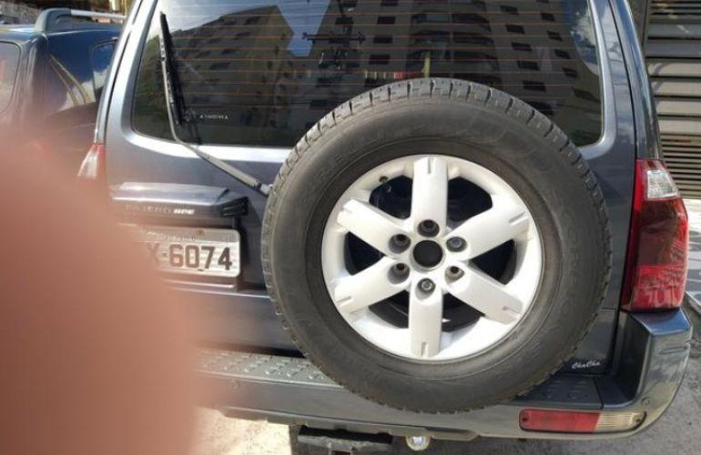 Mitsubishi Pajero Full HPE 3.8 5p - Foto #4