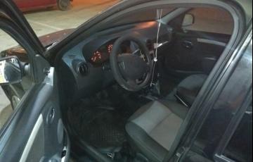 Renault Logan Authentique 1.6 8V Hi-Torque (flex) - Foto #4