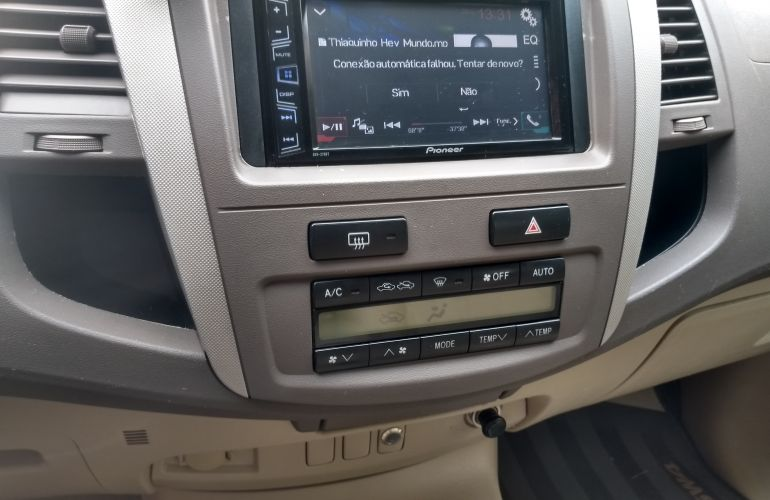 Toyota Hilux SW4 SRV 4x4 3.0 Turbo  (aut) - Foto #1