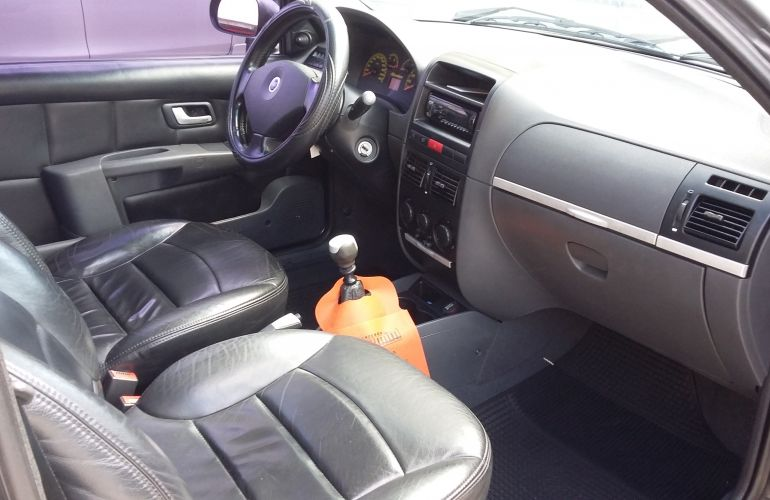 Fiat Strada Adventure 1.8 8V (Flex) (Cabine Estendida) - Foto #8