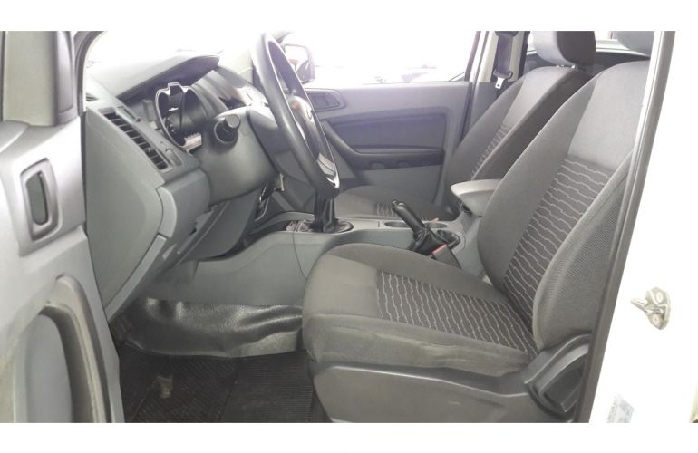 Ford Ranger 2.5 Flex 4x2 CD XLS - Foto #4