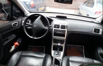Peugeot 307 Hatch. Feline 2.0 16V (flex) - Foto #8