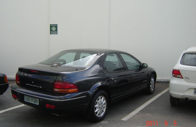 Chrysler Stratus Sedan LX 2.5 (aut) - Foto #5