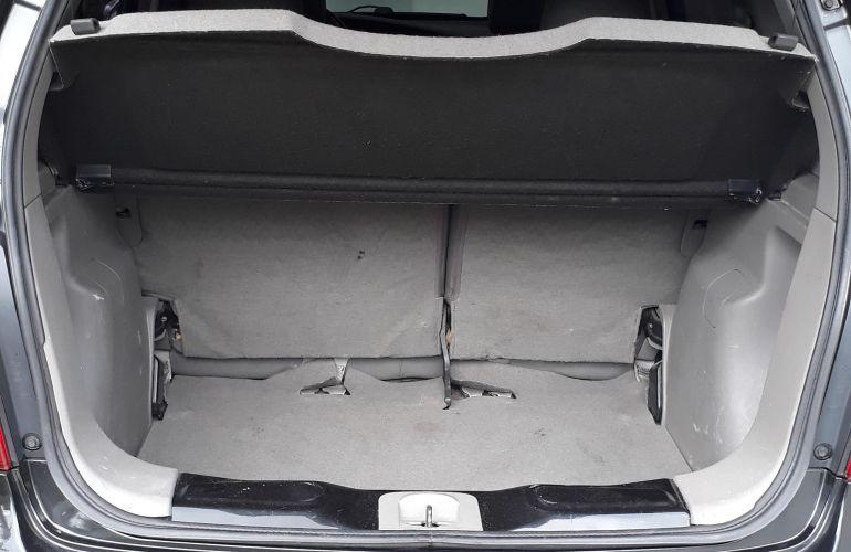 Nissan Livina SL 1.8 16V aut. (flex) - Foto #4