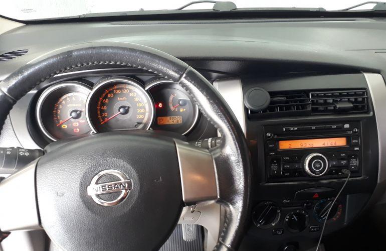 Nissan Livina SL 1.8 16V aut. (flex) - Foto #8