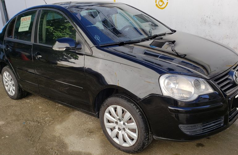 Volkswagen Polo Sedan 1.6 8V (Flex) - Foto #2