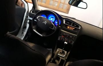 Citroën C4 Lounge Exclusive 2.0i (Aut) - Foto #4