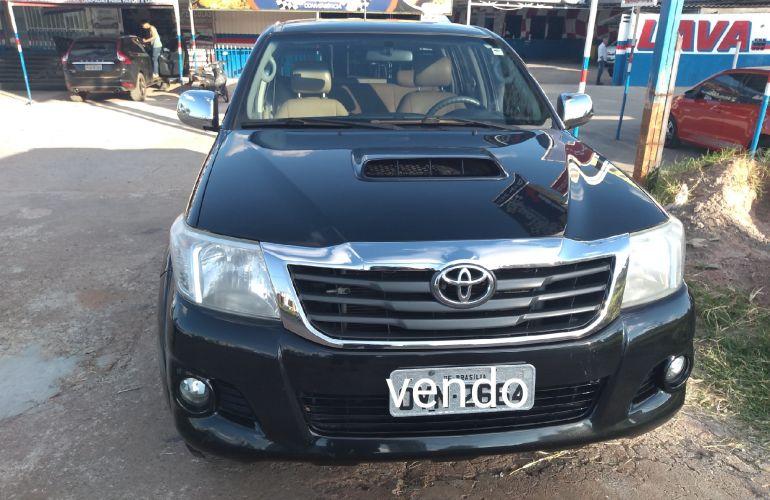 Toyota Hilux 3.0 TDI 4x4 CD SR - Foto #1