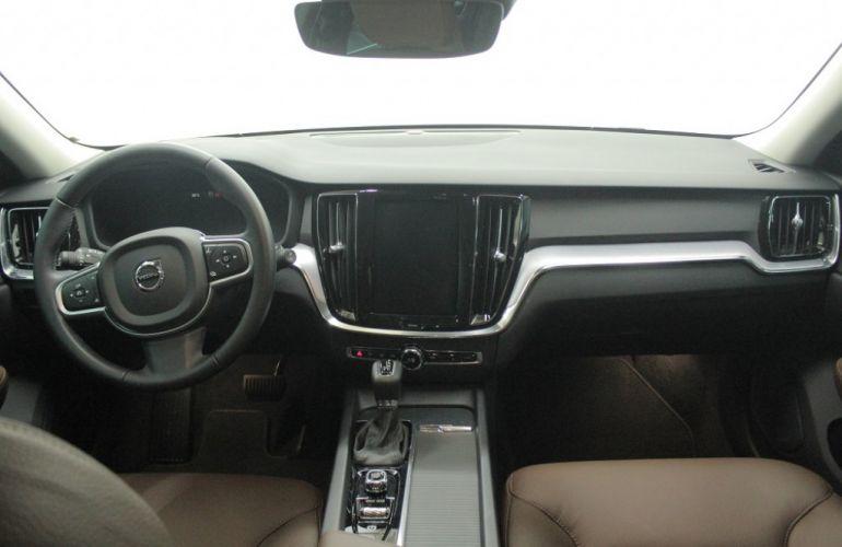 Volvo V60 2.0 T5 Drive-E Momentum - Foto #8