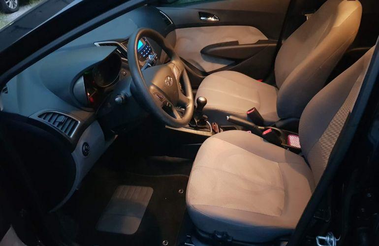 Hyundai HB20S 1.0 Comfort Style - Foto #4