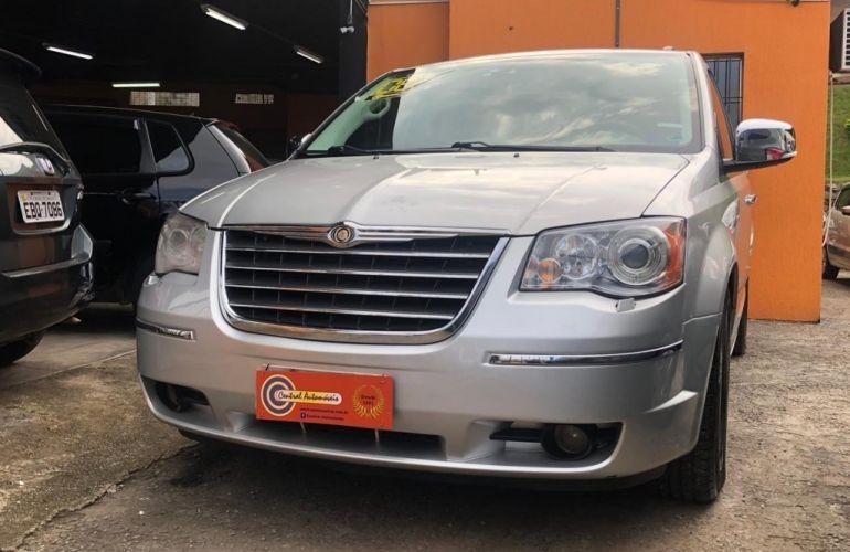 Chrysler Town & Country 3.8 V6 - Foto #2