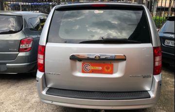 Chrysler Town & Country 3.8 V6 - Foto #6