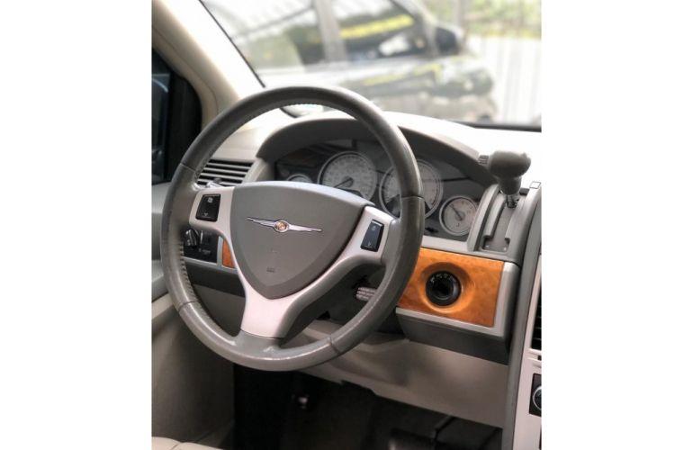 Chrysler Town & Country 3.8 V6 - Foto #7