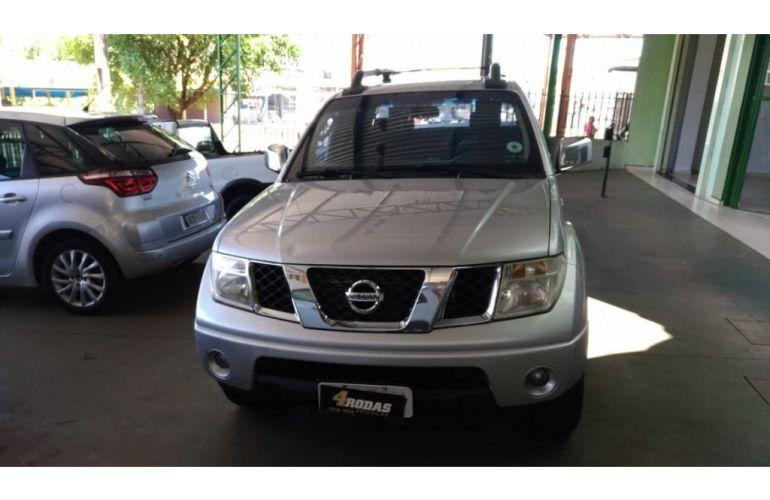 Nissan Frontier LE 4x4 2.5 16V (cab. dupla) (aut) - Foto #2