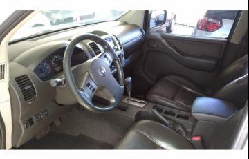 Nissan Frontier LE 4x4 2.5 16V (cab. dupla) (aut) - Foto #7