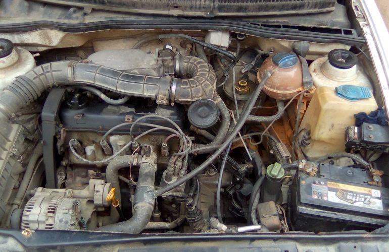 Volkswagen Polo Classic 1.8 MI - Foto #8