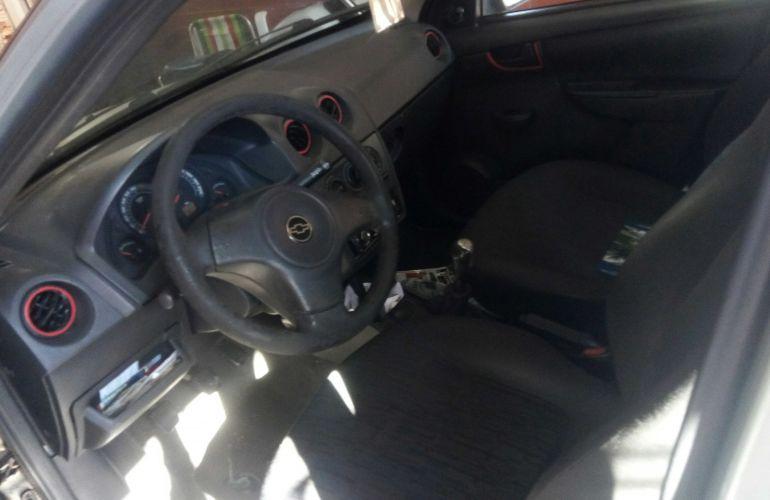 Chevrolet Celta 1.0 VHC 4p - Foto #4