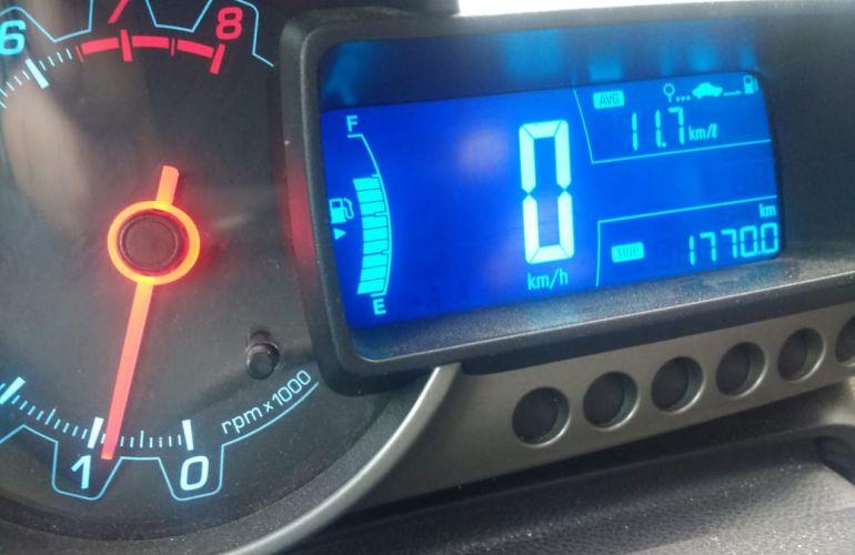 Chevrolet Sonic Hatch LT 1.6 - Foto #4