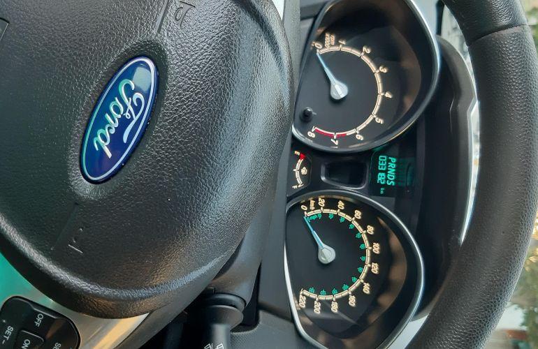 Ford New Fiesta Titanium 1.6 16V - Foto #5
