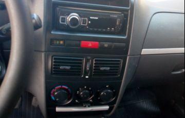Fiat Palio Weekend HLX 1.8 8V (Flex) - Foto #3