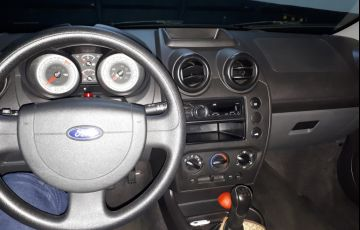Ford Fiesta Hatch SE 1.0 RoCam (Flex) - Foto #2