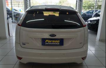 Ford Focus Hatch GLX 2.0 16V - Foto #5