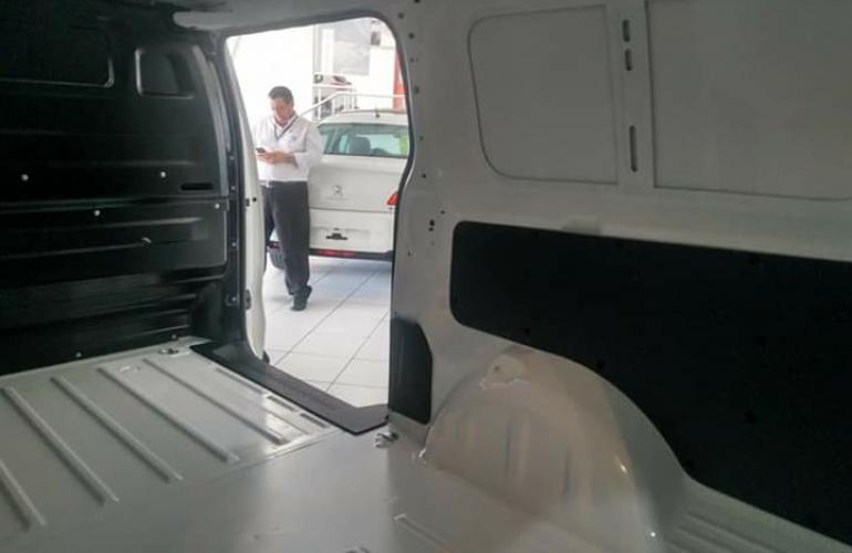 Peugeot Expert 1.6 HDi Business Pack - Foto #1