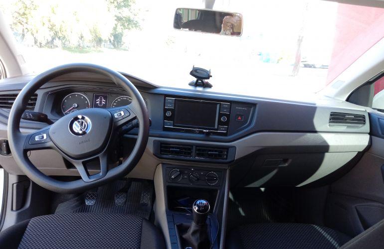 Volkswagen Polo 1.0 (Flex) - Foto #2