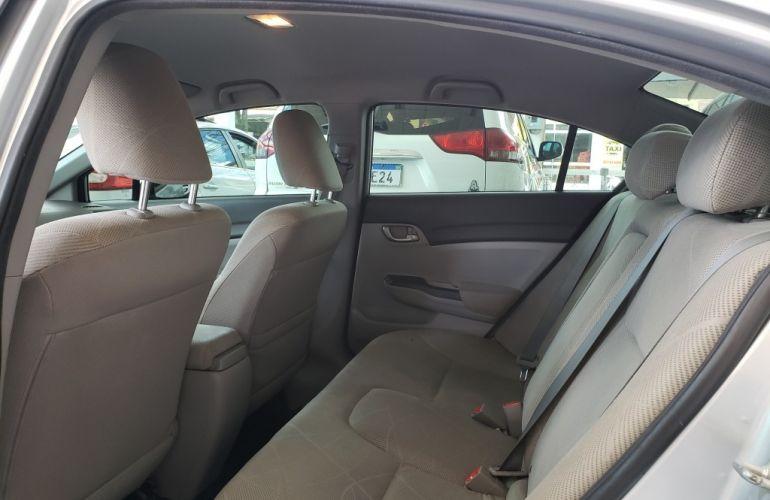 Honda Civic Sedan LXS 1.8 - Foto #9