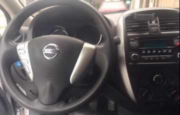 Nissan Versa 1.6 16V SV - Foto #2