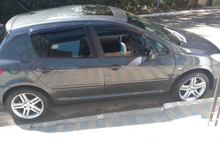 Peugeot 307 Hatch. Presence Pack 2.0 16V (aut) (flex) - Foto #8