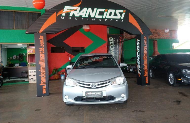 Toyota Etios XLS 1.5 (Flex) - Foto #1